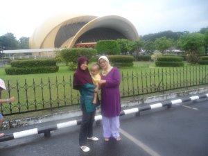 Mama dan Rayya